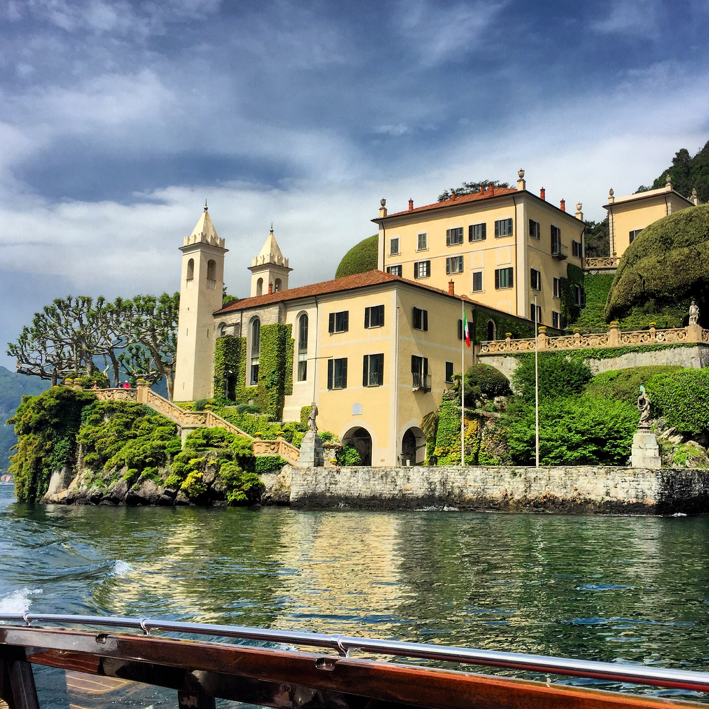 Great Gardens of the Italian Lakes